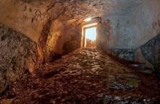 Phát hiện bồn tắm nghi lễ có tuổi thọ lên đến 2.000 năm đầy bí ẩn