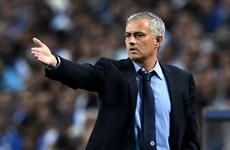 """Tiết lộ số tiền """"siêu khủng"""" mà Mourinho sẽ nhận nếu bị sa thải"""