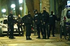 Người dân khu vực Saint-Denis choàng tỉnh bởi tiếng súng