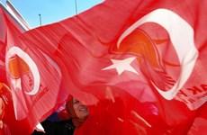 """Thổ Nhĩ Kỳ bắt đầu """"ngấm đòn"""" trừng phạt kinh tế của Nga"""