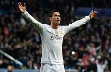 Cristiano Ronaldo lập hàng loạt kỷ lục mới ở Champions League