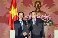 Phó Chủ tịch Quốc hội Huỳnh Ngọc Sơn tiếp Đoàn đại biểu Lào
