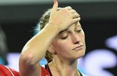 Australian Open: Kvitova thua sốc, Djokovic thắng chóng vánh