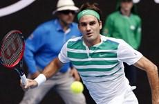 "Australian Open: Masha thắng nhanh, Federer đấu ""tiểu Federer"""