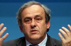 Platini kháng án lên tòa thể thao quốc tế vì bị cấm 6 năm