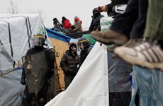 Pháp tiếp tục giải tỏa khu lán trại trái phép ở cảng Calais