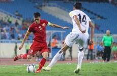 Tuyển Việt Nam sẽ đi tiếp ở vòng loại World Cup 2018 nếu...