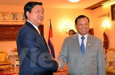 Bí thư Thành ủy TP.HCM Đinh La Thăng làm việc tại Campuchia