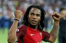 Renato Sanches lập 2 kỷ lục mới sau chiến thắng của Bồ Đào Nha