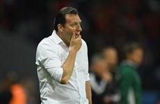 Bỉ vẫn chưa thể sa thải HLV Marc Wilmots vì... thiếu tiền