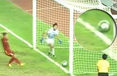 Cận cảnh pha bóng tranh cãi khiến Việt Nam lỡ chức vô địch