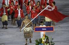 VĐV Tonga gây 'bão' với hình ảnh ấn tượng ở lễ khai mạc Olympic