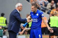 """Nhà vô địch Leicester City nếm """"trái đắng"""" ngay trận ra quân"""