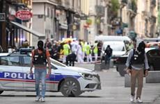 Cảnh sát Pháp bắt giữ một nghi phạm trong vụ nổ tại Lyon