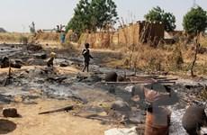 Nigeria: Bạo lực gia tăng khiến 20.000 người chạy sang Niger lánh nạn