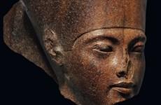 Ai Cập muốn ngăn Christie's đấu giá bức tượng Vua Tutankhamun