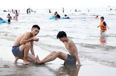 Trung Bộ tiếp tục nắng nóng, vùng biển Nam Bộ đề phòng lốc xoáy