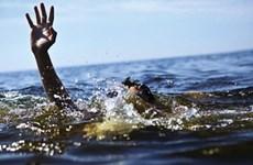 Hai du khách đuối nước khi tắm ở Khu du lịch sinh thái biển Hải Tiến
