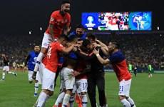 Hạ Colombia trên chấm luân lưu, Chile vào bán kết Copa America