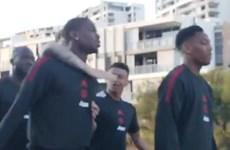 Pogba 'gây hấn' với Lingard ngay ngày đầu du đấu của M.U
