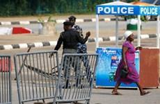 Quốc hội Nigeria bị phong tỏa sau khi xảy ra một vụ nổ súng