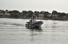 Tai nạn đường thủy và đường bộ nghiêm trọng ở Niger và Trung Quốc