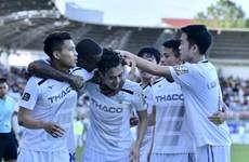 Xuân Trường lập cú đúp, HAGL thắng kịch tính trên sân Thanh Hóa