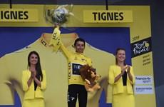 Tay đua người Colombia Egan Bernal làm nên lịch sử tại Tour de France