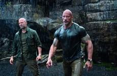 """""""Fast & Furious: Hobbs & Shaw"""": Phim đua xe lai...siêu anh hùng"""