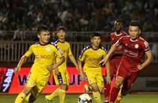 Vòng 19 V-League: TP.HCM 'dâng' ngôi đầu bảng cho Hà Nội FC