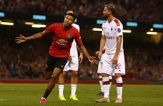Thắng Milan, M.U vẫn mất chức vô địch ICC vào tay Benfica