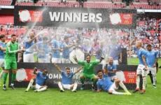 Cận cảnh Man City giành Siêu cúp Anh sau loạt sút luân lưu may rủi