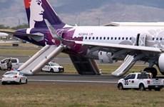 Mỹ: Một máy bay của Hawaiian Airlines phải hạ cánh khẩn cấp