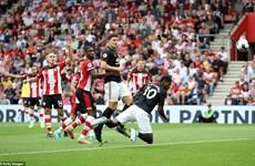 Hòa Southampton, Manchester United không thắng 3 trận liên tiếp