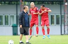 Vòng loại World Cup 2022: Việt Nam bình thản, Thái Lan căng thẳng
