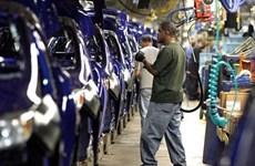 Ngành chế tạo của Mỹ suy giảm lần đầu tiên kể từ năm 2016