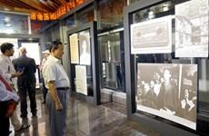 Triển lãm ảnh 'Dấu ấn Chủ tịch Hồ Chí Minh' tại Bangladesh