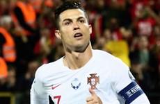 Cận cảnh Ronaldo lập 'poker,' thiết lập nên hàng loạt kỷ lục