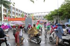 Học sinh tiểu học Hạ Đình trở lại trường sau vụ cháy công ty Rạng Đông