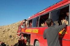 Pakistan: Ôtô rơi xuống vực, khiến hơn 40 người thương vong