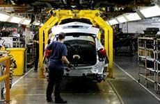 Ngành công nghiệp ôtô châu Âu lo ngại bị 'chấn động' nếu Brexit cứng
