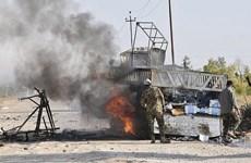 Iraq: Căn cứ quân sự ở tỉnh Anbar tiếp tục bị không kích