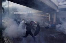 Cảnh sát Hong Kong xác nhận một người biểu tình bị thương do trúng đạn