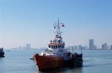Kịp thời cứu vớt bốn người bị rơi xuống biển ở vịnh Nha Trang
