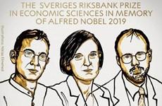 Ba nhà kinh tế học đã giành giải Nobel Kinh tế năm 2019