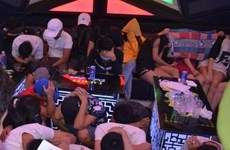 Phát hiện hàng chục đối tượng dương tính với ma túy ở quán karaoke