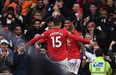 Manchester United khiến Liverpool đứt mạch toàn thắng
