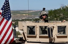 Mỹ triển khai bổ sung khí tài quân sự để bảo vệ các mỏ dầu ở Syria