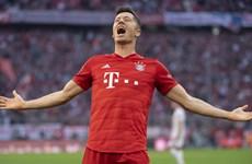 Lewandowski lập kỷ lục vô tiền khoáng hậu ngày Bayern trở lại ngôi đầu