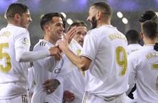 Barcelona và Real tiếp tục đua song mã bằng những trận thắng vùi dập